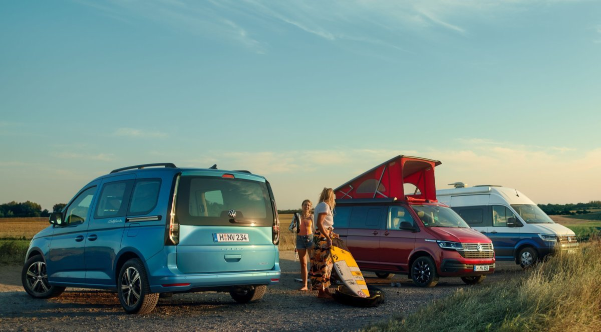Volkswagen_Caddy_California_Camping-2